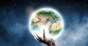 Защо в Битие Бог говори за Себе Си в множествено число?